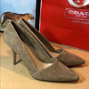 NEW Sole Society taupe suede leather pointy pumps